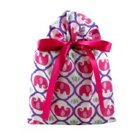 White gift bag with bright pink elephants