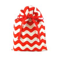 Red-white-stripe-holiday-gift-bag-standard