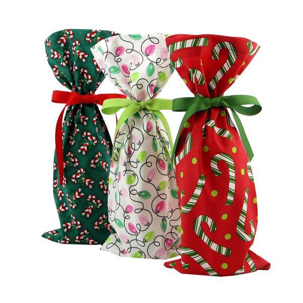 Fun-holiday-wine-bag-set